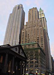 Manhattan, New York - USA (Mic V.) Tags: street new york city nyc usa 6 ny building apple architecture america us big manhattan united broadway states rue unis barclay 225 amrique etats amerique tats