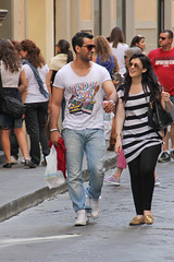 Sound of soul (michael_hamburg69) Tags: street italien people italy man streets male guy girl sunglasses shirt happy florence italia strasse handsome pedestrian hunk tourist jeans tuscany firenze toscane striped crowded florenz toskana soundofsoul fusgänger