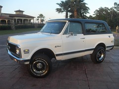 71K5Blazer_2k_medium (Monaco Luxury) Tags: auto bar 1971 ps pb stereo chevy 350 roll custom blazer resto k5 pristine frameoff