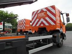 RAC Flatbed Recovery Trucks BG61EAW & BT11FLR at Keele Services 19-05-2013 (furytingar) Tags: people rescue orange driving champion lorry lf trucks breakdown staffordshire rac services recovery keele flatbed daf motorists bg61eaw bt11flr