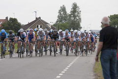 Cavendish in the peleton (hans905) Tags: bike bicycle race bicycling cycling cyclist bikes fietsen fiets roadbike wielrennen wielrenner roadcycling racefiets markcavendish canonef70200mmf4lisusm canoneos40d sterzlmtour