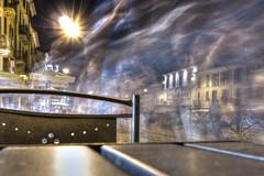 LT (zepfabio) Tags: italia milano persone movimento luci tavolo sedia lombardia notte navigli