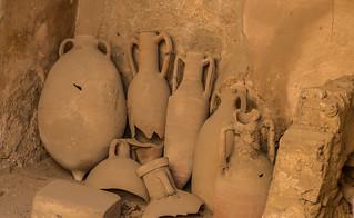 Pompeii - Pots