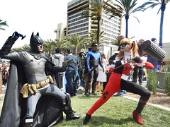 Wondercon 2014 Harley Quinn and Batman fight. #WonderCon2014 #wondercon #cosplay #comicconventions #batman #harleyquinn #DC (jodipayneart) Tags: dc cosplay batman harleyquinn wondercon comicconventions wondercon2014