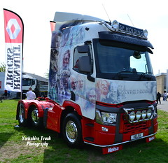 SP Holding Group - Renault T (Yorkshire Truck Photography) Tags: t holding s renault p peterborough 2014 truckfest
