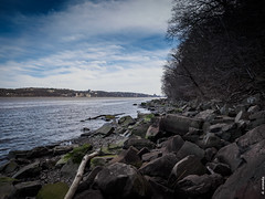 Along the Hudson 2 (dennis armada) Tags: nature newjersey spring hiking nj cliffs hudson darmada dennisarmada