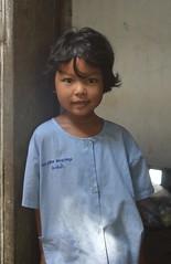 cute girl (the foreign photographer - ) Tags: oct22016nikon cute girl child khlong thanon portraits bangkhen bangkok thailand nikon d3200