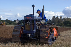 Tracks Norfolk 2016 (TripleS2007) Tags: tracks norfolk ploughing plough tractor crawler ford fordson farming farm field agriculture autumn