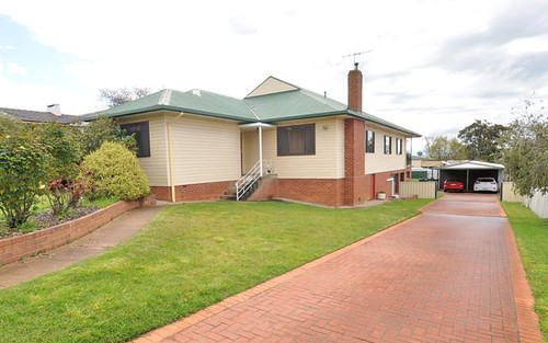 7 Gallipoli Ave, Junee NSW 2663
