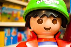 Fehmarn - Tag 3 (O.I.S.) Tags: fehmarn insel island herbst playmobil gesicht face portrait smile lcheln
