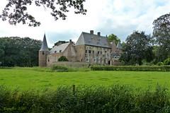 Kasteel Hernen - Castle Hernen (Cajaflez) Tags: kasteel castle hernen gelderland thenetherlands