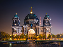 Berliner Dom (Adrian-D.) Tags: berlin architecture architektur kathedrale dom kirche church cathedreal history historic stone night evening longexposure