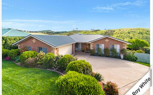 145 Waterfall Drive, Jerrabomberra NSW 2619