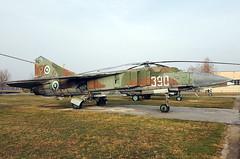 390 MiG-23 Krumovo 27-11-16 (BusterG4) Tags: bulgarianairforce mikoyangurevich mig23 krumovo 390