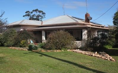 90 Warrah st, Peak Hill NSW