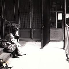 Waiting in vain (*Caran*) Tags: paris sepia blackwhite bianconero parigi