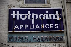 Hotpoint Appliances (William 74) Tags: architecture vintage advertising illinois alley neon antique neonsign polo oldsign ghostsign hotpointappliances ghostneon
