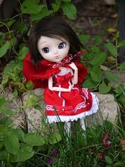 Mon petit chaperon rouge (reieve) Tags: rouge doll pullip custo petit yona poupe chaperon trisquette