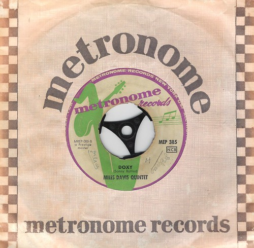 45 RPM - MILES DAVIS QUINTET - A) But Not For Me - B) Doxy - (METRONOME RECORDS SWEDEN 1960)_B