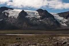 Þjófadalir – Þverbrekknamúli (oemebamo) Tags: vacation snow ice trek island iceland highlands hiking interior hike glacier glaciers icecap gletsjer kjolur ijsland 2013 hrútfell sitephotography icelandinterior þjófadalir þverbrekknamúli kjolurtrek
