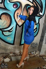Chica Mala... (kiiiwiii) Tags: girl canon graffiti model chica tag bad modelo 7d tacones mala kiiiwiii