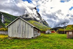 Norwegian Clouds (manuelecant) Tags: norway mountain clouds farm sky grey house geiranger