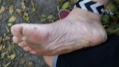 Tough soles (bfe2012) Tags: barefoot barefeet barefooting barefooted barefooter barefoothiking baresoles barefoothiker toes tough toughsoles anklets nature hiking hiker feet forest marshland soles shoes swamp woodland woods freedom toe barefootlifestyle lifestyle dirtyfeet dirtysoles