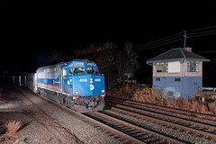 Stared Down at BJ (sullivan1985) Tags: newjersey nj train railroad railway emd electromotive bergencounty bj bjtower rutherford metronorth mncw f40ph3c westofhudson mncw4909 tower night flashes strobes alienbees westbound passenger passengertrain commuter commutertrain