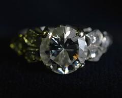 Diamond (Stop & Snap) Tags: diamond clear sparkle white platinum macro