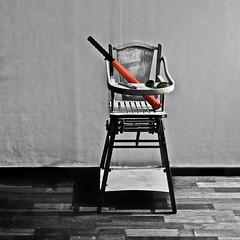 Natural Born Killer // Tueur-Né (MattiasLaunois) Tags: baby sunglasses chair focus baseball pentax sony 28mm bat knife m42 highchair manual lunettes smc cutter chaise rayban haute batte nex5