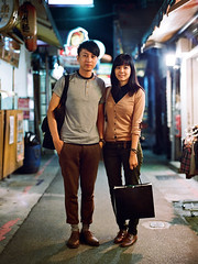 000055230003 ( Sean Marc Lee ) Tags: friends portrait 120 mamiya film 645 couple fuji taiwan nightmarket taipei   800 shida proz  npz