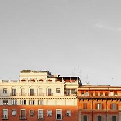 Rome, Italy (Chaoqi Xu) Tags: street city travel sky italy rome roma building muro wall canon photography eos photo italia colore foto cielo fotografia  palazzo viaggio    xu citt  finestre          600d 2013  chaoqi