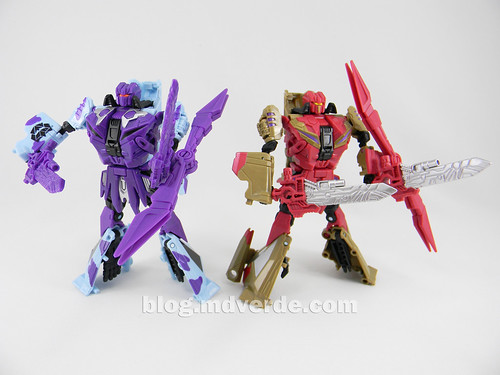 Transformers Vortex Deluxe - G2 Fall of Cybertron - modo robot vs SDCC