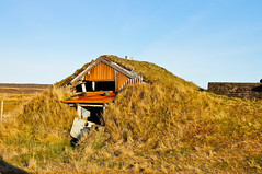 Landmannalauger house (RobOutar) Tags: city autumn mountains fall water landscape volcano waterfall iceland october sony rob glacier geyser 2012 outar a55