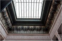 """Autre détail typique de ces demeures sont les ornement appelés """"stalactites"""" On en a vu au dessus des portes (cf photo en commentaire) (Barbara DALMAZZO-TEMPEL) Tags: castle morocco maroc palais stalactite kasbah telouet glaoui"""