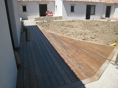 "Terrasses - Clôtures • <a style=""font-size:0.8em;"" href=""http://www.flickr.com/photos/93858889@N08/9459680176/"" target=""_blank"">View on Flickr</a>"