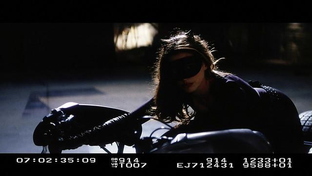 『黑暗騎士』系列:雙面人特效測試、貓女試鏡 以及 班恩 服裝測試