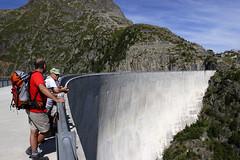 Le Chtelard, barrage d'Emosson (Ytierny) Tags: france montagne alpes eau suisse altitude energie barrage montblanc alpinisme massif hautesavoie bton electricit emosson ytierny