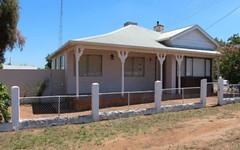 19 Oak St, Leeton NSW