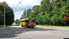 2002 International FE #2211 (abear320) Tags: school bus florida district gainesville international schools fe alachua