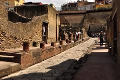 Ercolano (Martina Santucci) Tags: italy archaeology architecture italia campania napoli naples vesuvio architettura excavation archeologia scavi