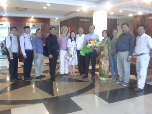 """VIỆN ĐÓN  Đoàn công tác của Giám đốc Đại học Nakhon Phanom đến thăm và ký văn bản hợp tác • <a style=""""font-size:0.8em;"""" href=""""http://www.flickr.com/photos/145755462@N06/25309414419/"""" target=""""_blank"""">View on Flickr</a>"""