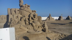 l era glaciale (emilly!) Tags: sculture sabbiaemiliaromagna cervia mare spiaggia sea shores sculptures iceage