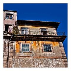 immeuble, Porto (Marie Hacene) Tags: porto portugal immeuble faade