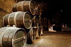 DSC_0056_DxO (brunoval77) Tags: chais cave cognac tonneau objet