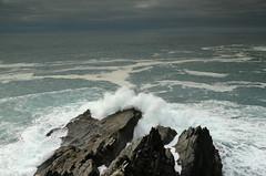 Roaring (siebensprung) Tags: irland ireland mizenhead peninsula wave atlantic atlantik ocean ozean cliff klippen brandung meer kste coast coastal
