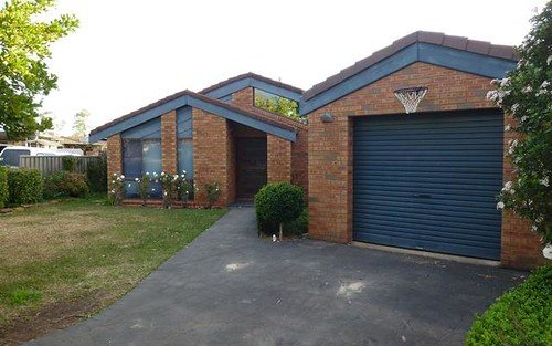 14 Balmoral Place, Dubbo NSW 2830
