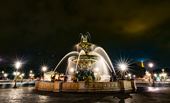 Fontaine des Mers with the eiffel tower & Palais Bourbon in the background (Lamont Cunningham) Tags: travel nikon d3300 sergereview photography paris night lights fountain fontainedesmers longexposure wideangle france