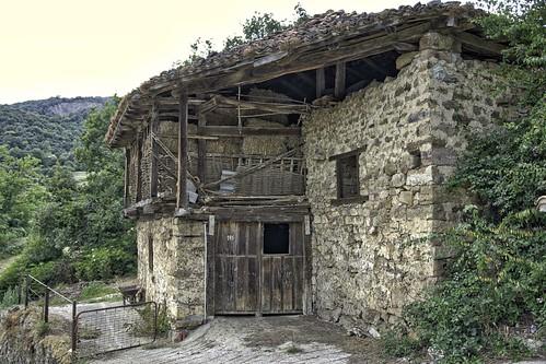 Corral en Mogrovejo, Cantabria.