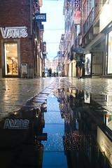 Liège 2016 (LiveFromLiege) Tags: liège liege luik lüttich liegi lieja wallonie belgique architecture city puddle puddlephotography citylights reflet reflection reflexion